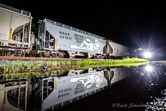 Enter The Sandmen (dscharen) Tags: ir illinois illinoisrailway ottawa railnet trains leaser leasedlocomotives leasers leasedunits reflections