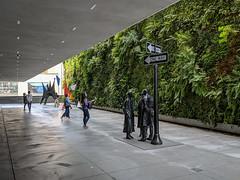 SF Musem of Modern Art - Outdoor Sculptures (Joey Hinton) Tags: sanfrancisco california unitedstates musuem modern art google pixel2 andriod smartphone cellphone cameraphone phone
