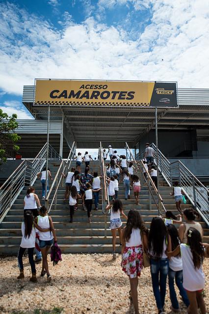 26/10/18 - Visita da Escola Municipal Antonino Diniz Couto e Projeto Social Amigos da Criança - Fotos: Duda Bairros
