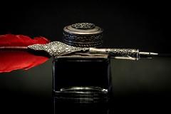 Red Quill (wowafo) Tags: sonyflickraward sonyalpha6000 calligraphy kalligrafie kalligraphie quill schreibfeder feder flickrfriday tinte ink red rot