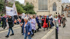YMPST waggon play, 16 September 2018 - moving on - 2 (nican45) Tags: 16september2018 16092018 18135 18135mm 2018 csc collegegreen fuji fujifilm minster mysteryplays nickansell september stwilliamscollege supporterstrust theharrowingofhell xt2 xf18135mmf3556rlmoiswr ymp ympst york yorkshire crew mirrorless photographer photography waggonplay
