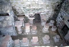 img979 (foundin_a_attic) Tags: caldarium hotroom roman villa chedworth gloucestershire