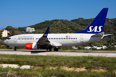 SAS - Scandinavian Airlines Boeing 737-76N(WL) SE-RJR (Mario Alberto Ravasio) Tags: sas scandinavian airlines boeing 73776nwl serjr skiathos jsi planespotting airportlife aviation apron lovespotting airport airportactivity greece international lgsk canon eos50d flickr flickrtoday