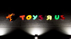 "Vintage Toys ""R"" Us sign (SchuminWeb) Tags: schuminweb ben schumin web september 2018 maryland md montgomery county toysrus toys r us gaithersburg closed store stores retail retailing retailers retailer closing permanently sign signs signage lighted lit up lighting geoffrey giraffe red yellow orange blue purple green vintage 1980s empty night nighttime out business children childrens kids 355 frederick road signing defunct"