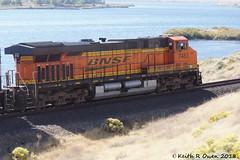 BNSF 7483 (ES44DC) (youngwarrior) Tags: train bnsf manifest crowbutte washington columbiariver ge generalelectric locomotive es44dc