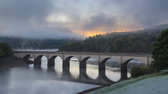 Ashopton viaduct (Keartona) Tags: dawn morning ashopton viaduct bridge ladybower reservoir peakdistrict derwent valley derbyshire england autumn october mist bamford reflection arches