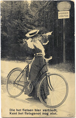 The one who forbids cycling here, does not know the joy of cycling yet - web (letterlust) Tags: letterlust bicyclehistory dutchbicyclehistory fiets bicycle fahrrad rower bicyclette bicicleta damesfiets frauenrad womensbike vélopourfemmes postaalgebruikt usedpostally utilisépostérieurement gebrauchtpostalisch