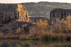 Imagine (garshna) Tags: geology lake water trees canyon iceagefloods basalt cliffs coulees washingtonstate deeplake
