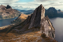 • Climbaptism (Woven Eye) Tags: arcticcircle mountainpeak climbatize landscape quietunusual leicasl lonelyplanet wow magnificentlandscape wanderlust terrificpanorama globetrotting nordictrek highinthesky headintheclouds peak mountaincrest nationalgeographic hiking