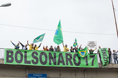 Faixas Bolsonaro 06out2018-140 (plopesfoto) Tags: bolsominion bolsonaro candidato capitão direita eleição militar mito presidente psl urna voto saopaulo brasil