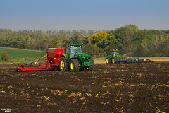 inter Wheat Seeding | JOHN DEERE // HORSCH // KÖCKERLING (martin_king.photo) Tags: seeding wheat autumnwork autumnwork2018 autumn powerfull martin king photo machines strong agricultural greatday great czechrepublic welovefarming agriculturalmachinery farm workday working modernagriculture landwirtschaft martinkingphoto machine machinery field huge big sky agriculture tschechische republik power dynastyphotography lukaskralphotocz day fans work place blue green compact planting seed tree trees landscape new caseih tractor clouds works caseihmagnum case red tyres goldenhour colours nice awesome johndeere horsch köckerling johndeere7930 johndeere9620 together horschpronto9dc horschpronto drill köckerlingvario cultivator