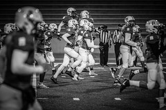 Homecoming Football (Phil Roeder) Tags: desmoines iowa desmoinespublicschools roosevelthighschool football homecoming sports athletics highschool blackandwhite monochrome canon6d canon70200f28