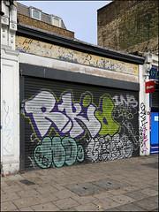 Rkid / Hotdog / Verso (Alex Ellison) Tags: rkid hotdog veg yrp ghz verso southlondon shop store shutter throwup throwie urban graffiti graff boobs