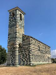 L'avant de l'église Saint-Michel de Murato (Pop626262 (Fort occupé)) Tags: freedom eglise saintmichel murato corse pierre bicolore iphone