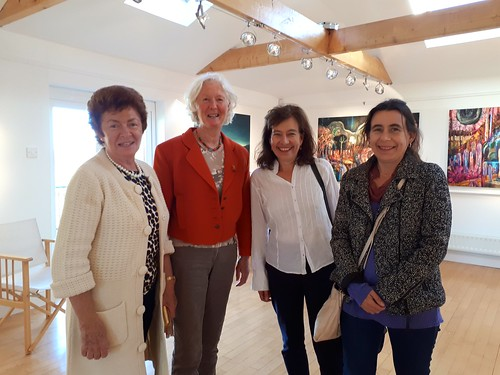 Mary Beresford, Clare Morrisssey, Catherine Foley, RoseAnn Foley enjoying Oiche Chultuir in Joan Clancy Gallery 2018 (Joan Clancy) 0921_172117