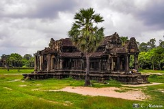 180726-068 La bibliothèque (clamato39) Tags: angkor angkorwat cambodge cambodia asia asie voyage trip ciel sky bâtiment religieux religion temple oldbuilding historique historic history patrimoine ancient