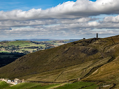 Pots and Pans from Alderman (Craig Hannah) Tags: saddleworth saddleworthmoor greenfield moorland uplands westriding yorkshire 2018 craighannah oldham greatermanchester england uk potsandpans uppermill warmemorial warmonument monument sky clouds