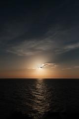 Acantilado (Fede Duran) Tags: landscape sky ocean sunset clouds views