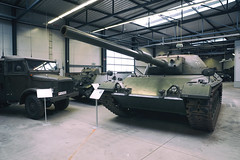 Kampfpanzer Standard A2 Prototyp 2 (SurfacePics) Tags: kampfpanzerstandarda2 prototyp2 bundeswehr coldwar kalterkrieg leopard1 prototyp museum exhibition munster deutschespanzermuseum niedersachsen lowersaxony nordwesten norddeutschland deutschland germany europe europa historical historisch geschichte tank tanks panzer relikte relict amazing stunning great surfacepics 2018 september photo foto photography fotografie waffen weapon war krieg tumblr instagram standardpanzer standardtank