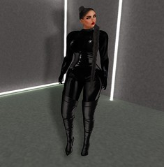 Catwoman (NovaKitten {Blogger}) Tags: maitreya mooh catwa tableausvivant black catwoman