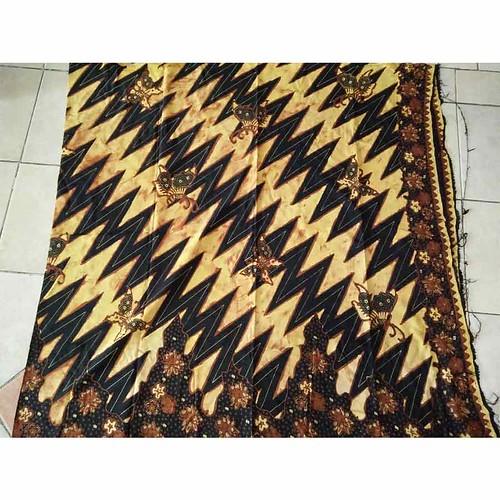 Kain Batik Motif Paris Sogan 7739Kain Batik Motif Paris Sogan 7739