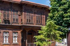 10082011-IMGP1090 (Mario Lazzarini.) Tags: casa legno tradizionale historic old finestre alberi turchia turkey