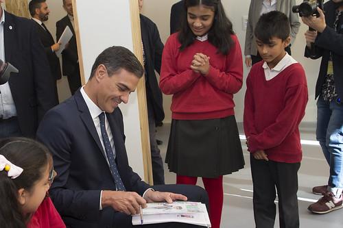 Sánchez visita un centro para la infancia y la adolescencia (17/10/2018)