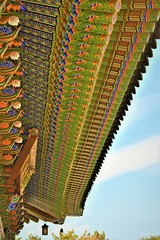 KOREA (Jeong Kab Cheol) Tags: korea art photo nikon dancheong color 하늘 한국 대한민국 단청 사진 니콘 카메라 写真 カメラ カラー 韓国 色 建物 ダンチョン 寺 temple 절 사찰