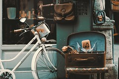 Antiques bicycle bike - Credit to https://homegets.com/ (davidstewartgets) Tags:
