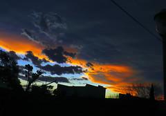 Entrada de sol después de la tormenta (jagar41_ Juan Antonio) Tags: naturaleza tormenta cielo atardecer sol nubes rojo