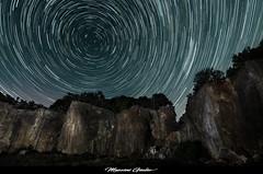 le stelle in gola (Giulio Mazzini) Tags: startrail stelle star sky notte night cielo siena tuscany campagna cava abbandonata abandoned