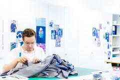 Bekleidungsgestalter/in EFZ (coutureateliers) Tags: basel baselland couture coutureateliers coutures münchenstein bekleidungsgestalter bekleidungsgestalterin atelier ateliers efz fachfrau fachmann lehrwerkstatt