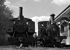 Baldwin 778 & Hunslet 303 side by side. Tracks to the Trenches, Apedale Railway bw. 14 07 2018 (pnb511) Tags: trains locomotive railway steam engine baldwin 778 narrow gauge 2footgauge trackstothetrenches ww1 apedalelightrailway narrowgauge staffordshire hunslet loco wd 460 303 1215