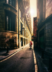 Cape - DSC2906 fc4-rec 1080 (cleansurf2) Tags: street sony a7ii europe city cityscape color colour cool cinamatic cinematic yellow red tall people humanelement leadinglines lines glow dreamscape screensaver architecture building vivid vintage vanishingpoint alley mood mirrorless background