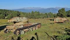 Cimetière de chars, Pyrénées (thierry llansades) Tags: cimetiere chars char urbex abandon abandonned abandonnée pireneu pireneos pireneo pyrenées pyrénées pyrenees montagne
