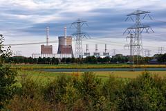 Clauscentrale. (wimjee) Tags: nikond7200 nikon d7200 afsdx1680mmf284eedvr clauscentrale centrale electriciteit power plant electricity energie maasbracht limburg nederland niksoftware colorefexpro4