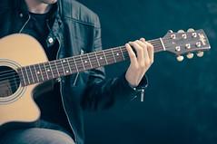 artist-guitar-guitarist-33597 (Doubbt) Tags: artist guitar guitarist instrument music musician performance performer playing