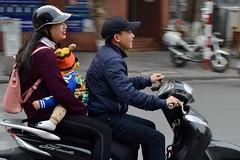 Family Ride | Ha Noi Vietnam (Paul Tocatlian | Happy Planet) Tags: family motorbike motorcycle hanoi vietnam vietnamese actionshot candidphotography candid smile smiles happyplanet paultocatlian
