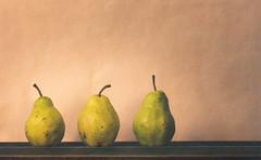 bartlett pears (auntneecey) Tags: bartlettpears sliderssunday hss 365the2018edition 3652018 day294365 21oct18