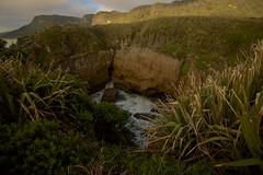 Punakaiki, West Coast, NZ (José Rambaud) Tags: punakaiki westcoast paparoa newzealand nuevazelanda beach playa mar seascape sea tasmansea mardetasmania pacific pacificocean océanopacífico