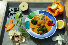 Суп с фрикадельками QJ4A0842 (info@oxumoron.com) Tags: suppe soups супы лемон lemon zitrone авокадо avocado avokado apple apfel яблоко knoblauch garlic чеснок pfeffer peper перец karotte carrot морковь vegetables gemüse овощи