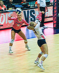 Serving Ace - HSS! (RPahre) Tags: receive defense ace serveandreceive universityofillinois champaign illinois michiganstate michiganstateuniversity msu volleyball bigten b1g carolinewelsh defenivespecialist ds libero morganobrien hss copyrighted robertpahrephotography donotusewithoutpermission