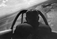bob hoover collection image (San Diego Air & Space Museum Archives) Tags: aviator testpilot robertandersonbobhoover robertandersonhoover rabobhoover robertahoover roberthoover rahoover bobhoover hoover p51d p51 cockpit