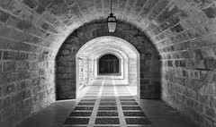 Entryway in Mallorca (fongpei) Tags: 100v10f entry tunnel hall europe mallorca spain