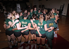 IMG_2334 (SJH Foto) Tags: canon 1018 f4556 stm superwide lens pregame huddle girls high school volleyball emmaus garnet valley state pool play championships