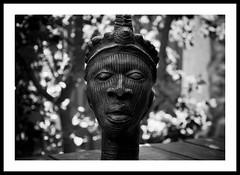 A lost head. (G.Billon) Tags: gbillon blackandwhite noiretblanc bw nikon nikond90 13112018 1311