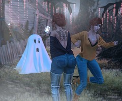 Ex's & Oh's (Arwen Clarity) Tags: sllooksgoodtoday secondlife sl slblog pose people 2ndlife second life mesh maitreya blogs blog blogger bloggers blogging ghost whole wheat blueberry envogue redhead ginger tattoo boots fall halloween haunting scare scream valor