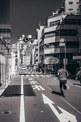 ikebukuro (N.sino) Tags: m9 ultron35mmf17 ikebukoro running stop street 池袋 とまれ 走る人 ビル 横断歩道 止まれない 消火栓