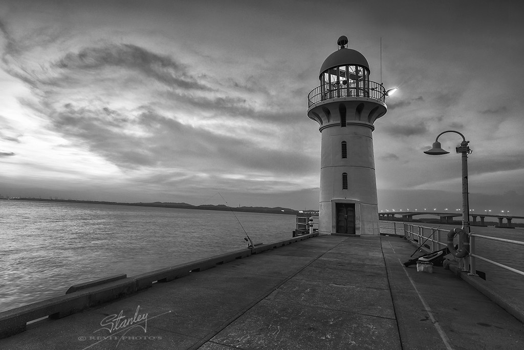 The World's newest photos of lighthouse and rafflesmarina