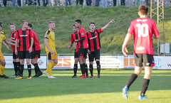Lewes 2 Folkestone Invicta 0 20 10 2018-162-2.jpg (jamesboyes) Tags: lewes folkestoneinvicta football soccer fussball calcio voetbal amateur bostik isthmian goal score celebrate tackle pitch canon 70d dslr